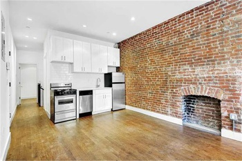 No Fee, Morningside Heights, 280 Manhattan Ave, 2 bed, 2 bath renovated with Washer/Dryer